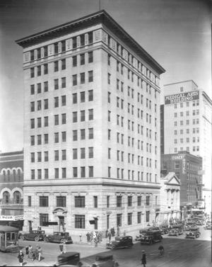 Primary view of object titled 'Tradesmen's National Bank Building'.