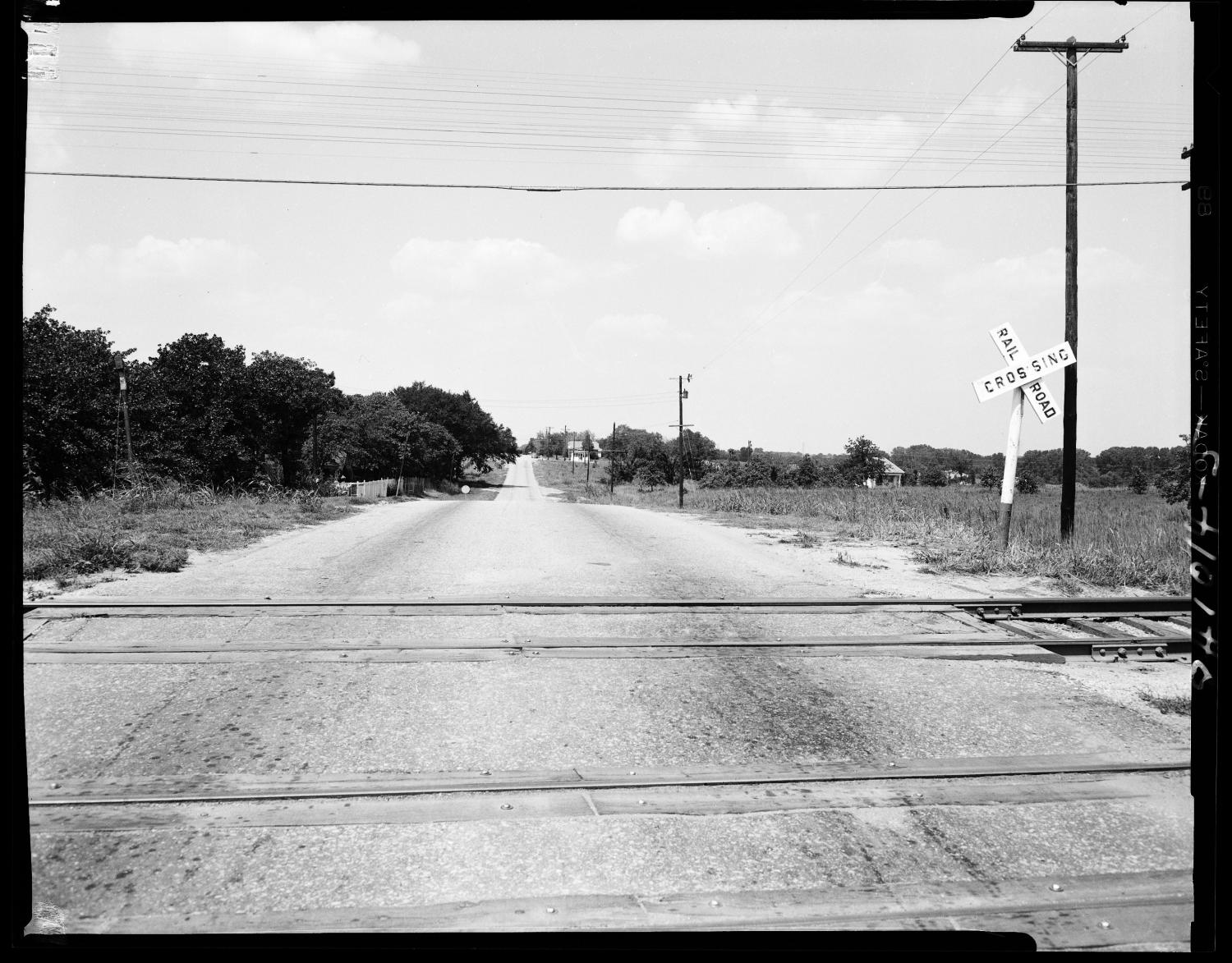 Railroad Crossing in Oklahoma City, Oklahoma                                                                                                      [Sequence #]: 1 of 1