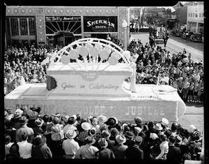 Primary view of object titled '89'er Parade'.