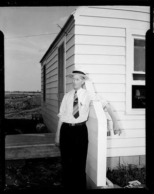 Primary view of object titled 'UNIDENTIFIED Man in Oklahoma City, Oklahoma'.