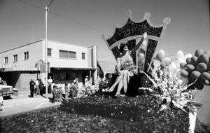 Primary view of object titled 'Miss America Parade'.
