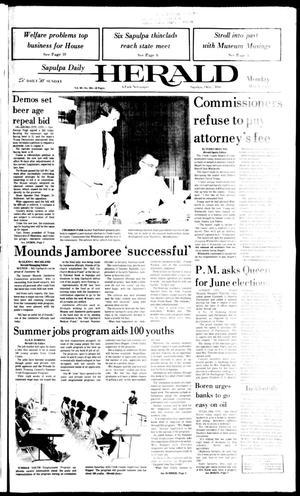 Primary view of Sapulpa Daily Herald (Sapulpa, Okla.), Vol. 69, No. 204, Ed. 1 Monday, May 9, 1983