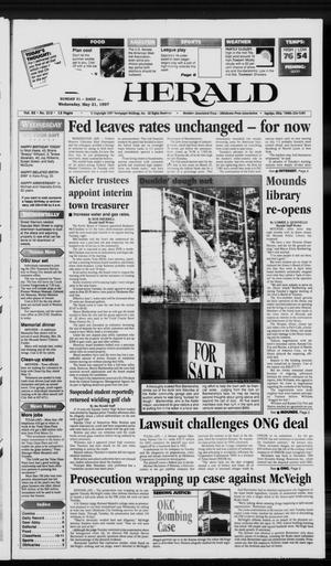 Primary view of Sapulpa Daily Herald (Sapulpa, Okla.), Vol. 82, No. 212, Ed. 1 Wednesday, May 21, 1997