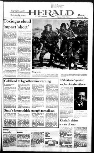 Primary view of Sapulpa Daily Herald (Sapulpa, Okla.), Vol. 72, No. 97, Ed. 1 Monday, January 6, 1986