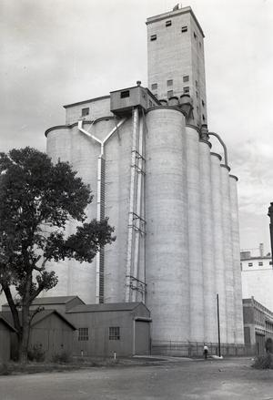 Primary view of object titled 'Oklahoma City Mill and Elevator'.