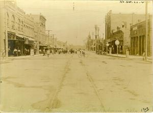 Primary view of object titled 'Street Scene in Ardmore, Oklahoma'.