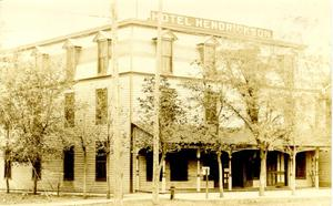Primary view of object titled 'Hotel Hendrickson, Alva, Oklahoma'.