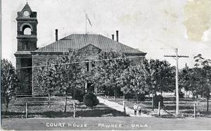 Primary view of object titled 'Pawnee Court House. Pawnee, Oklahoma.'.