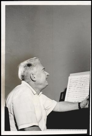 Primary view of object titled '[Photograph 2012.201.B0338.0861]'.