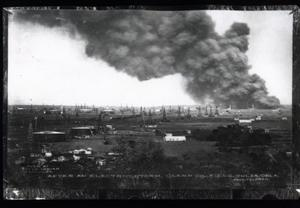 Primary view of object titled 'Fire at Glenn Pool Oil Field near Tulsa'.