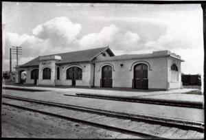 Primary view of object titled 'Santa Fe Depot in Ponca City, Oklahoma'.