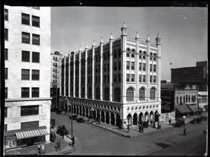 Primary view of object titled 'Gaum Building in Oklahoma City'.