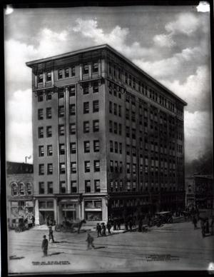 Primary view of object titled 'American National Bank Building in Oklahoma City, Oklahoma'.