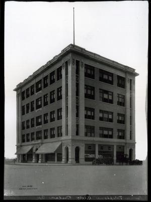 Primary view of object titled 'Pioneer Telephone Building in Tulsa'.