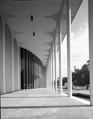 Primary view of object titled 'Fine Arts Building at University of Oklahoma'.