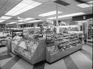 Primary view of object titled 'Veazey's No. 5 Store in Oklahoma City'.