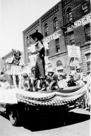 Parade Float, Enid, Oklahoma